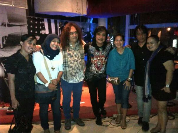 after concert KLA @RollingStoneInaCafe